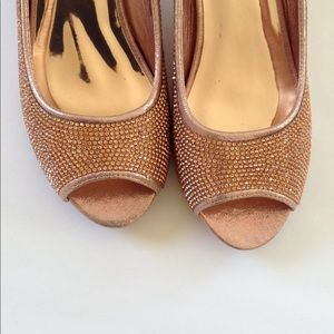 Shoes - Rose gold open toe shoes size 8